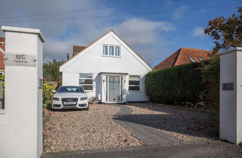4 Bedrooms Chalet House for sale in Dedworth Road, Oakley Green SL4
