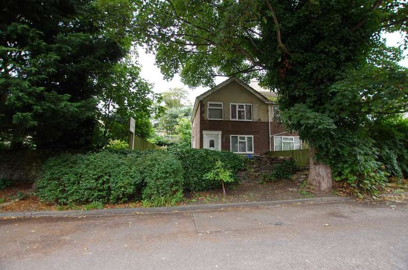 3 Bedrooms Town House for sale in OAKFIELD GROVE, HEATON, BRADFORD BD9