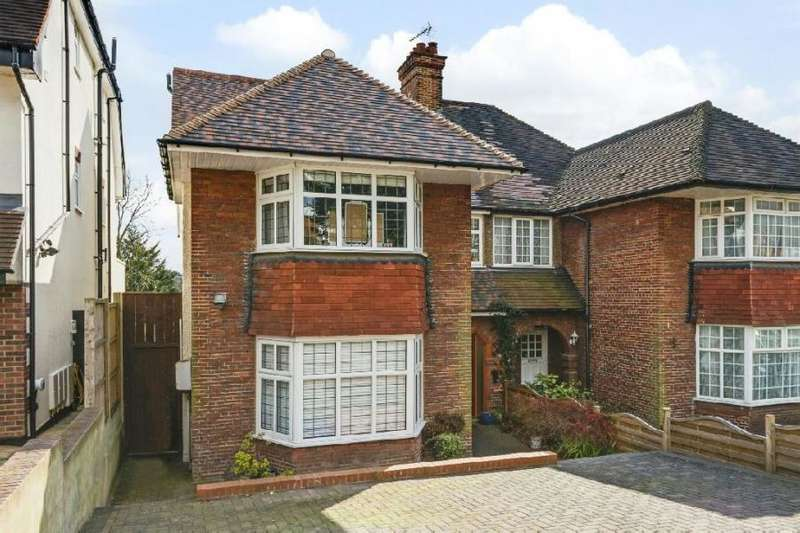 6 Bedrooms House for sale in The Vale