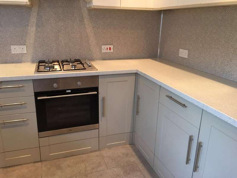 2 Bedrooms House for rent in South Croydon