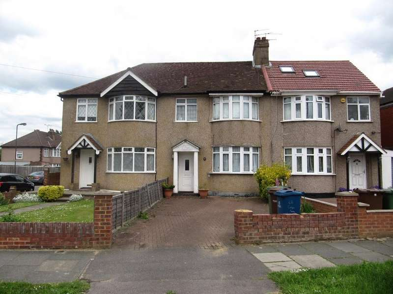 3 Bedrooms Terraced House for sale in Carlyon Avenue, South Harrow, HA2 8SX.