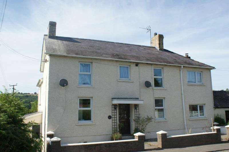 4 Bedrooms Semi Detached House for sale in Pentrecwrt Road, Llandysul, Carmarthenshire, Llandsyul SA44