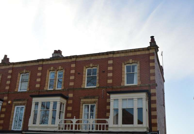 4 Bedrooms Apartment Flat for sale in Clive House, 42a Sandford Avenue, Church Stretton SY6 6BH