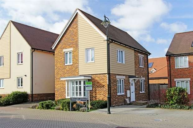 3 Bedrooms Detached House for sale in Swallow Avenue, Iwade, Sittingbourne, Kent