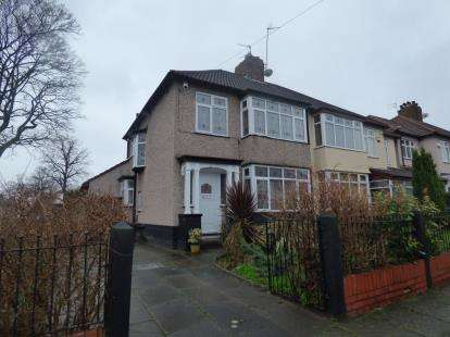 3 Bedrooms Semi Detached House for sale in Ingleholme Road, Liverpool, Merseyside, L19
