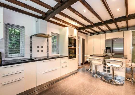 5 Bedrooms House for sale in London HA5
