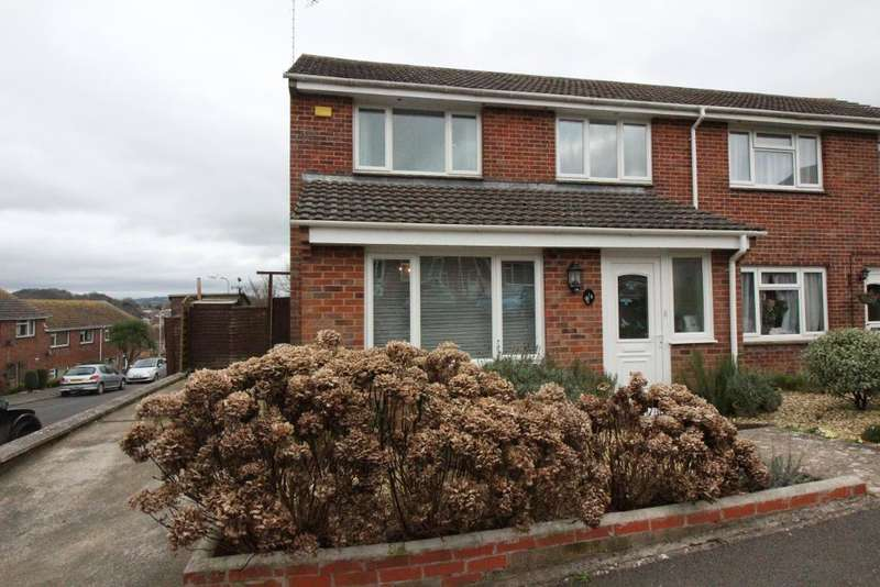 3 Bedrooms Semi Detached House for sale in Vearse Close, Bridport, Dorset, DT6 5BE