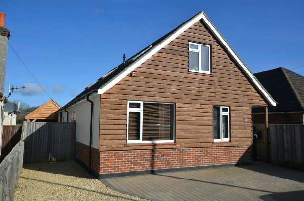 4 Bedrooms Detached House for sale in Netherhampton Road, Harnham, Salisbury