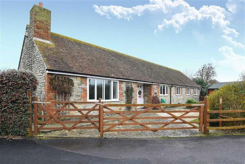 4 Bedrooms Detached House for sale in The Mead, Ilchester, Somerset, BA22