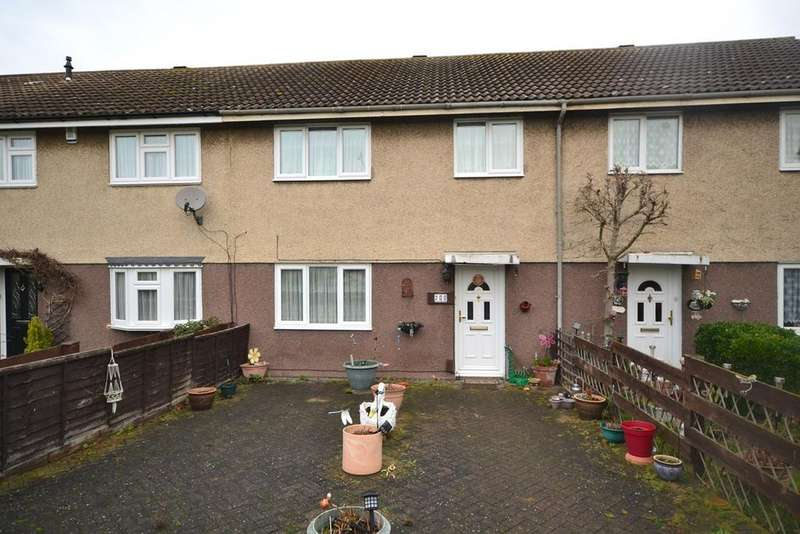 3 Bedrooms Terraced House for sale in Rachael Clarke Close, Corringham, Stanford-le-Hope, SS17