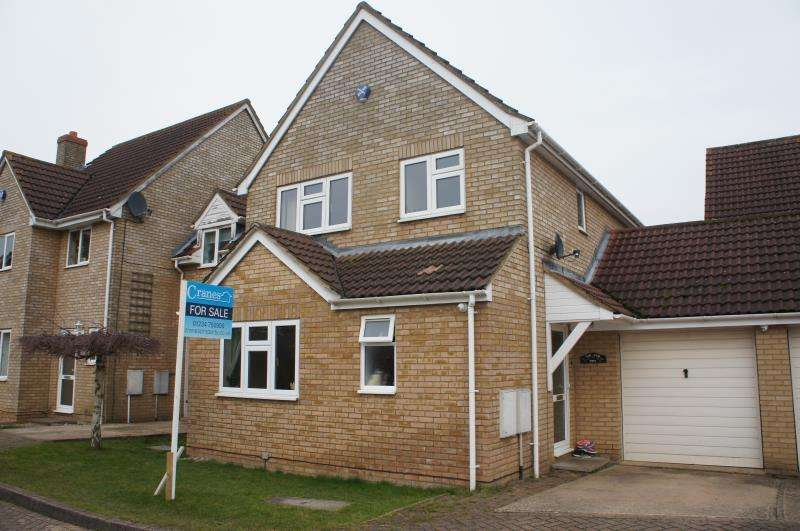 4 Bedrooms Detached House for sale in Bakery Close, Cranfield, Bedfordshire