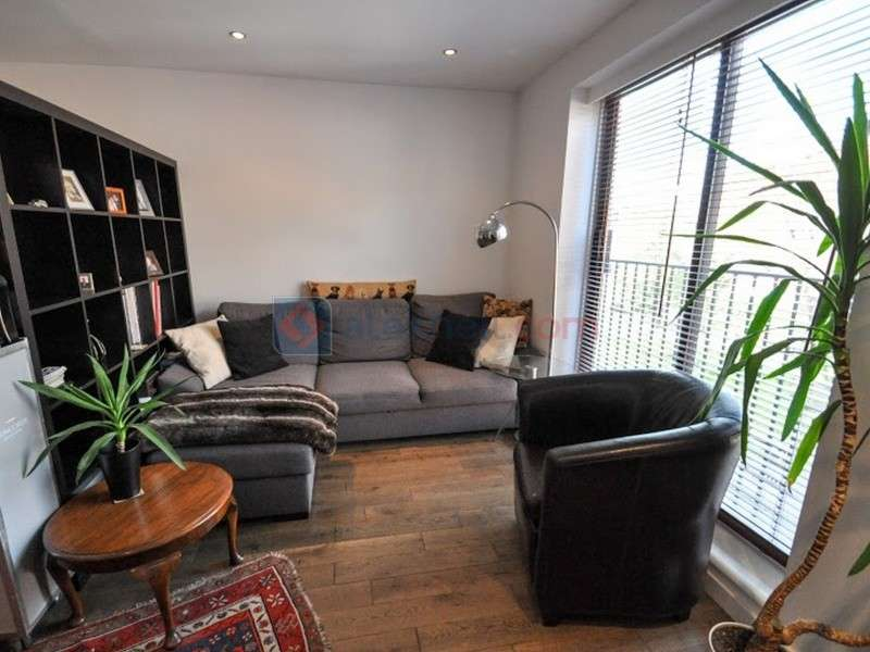 1 Bedroom End Of Terrace House for sale in Greenland Mews, Deptford SE8