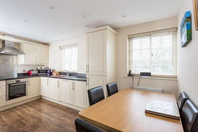 2 Bedrooms Terraced House for sale in Main Street, Appleton Roebuck, York