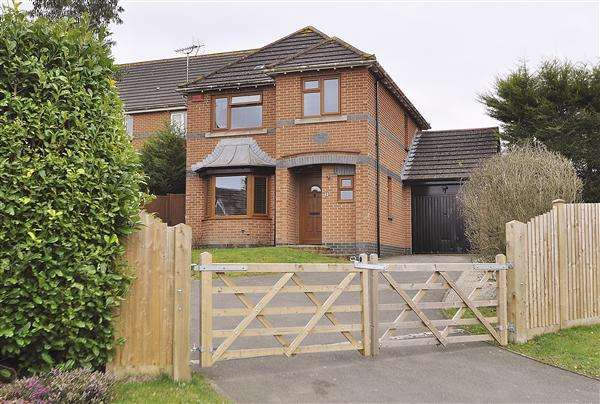 4 Bedrooms Detached House for sale in ASHFORD TN23