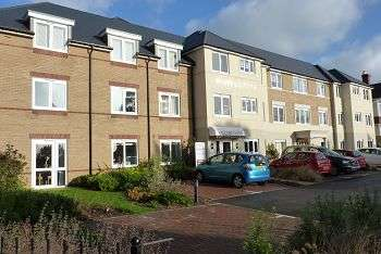 1 Bedroom Retirement Property for sale in Simmonds Lodge, Havant Road, Drayton, Portsmouth, PO6 2JE