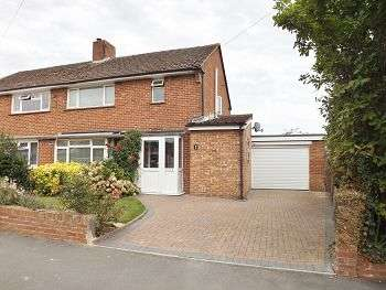 3 Bedrooms House for sale in Parkside, Bedhampton , Hampshire, PO9 3PJ