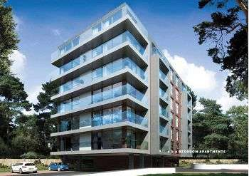 1 Bedroom Flat for sale in Woodland Mount, Wootton Mount, Bournemouth, BH1 1PJ