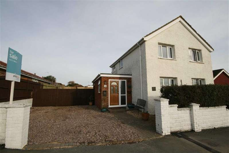 4 Bedrooms Detached House for sale in Arundel Road West, Peacehaven