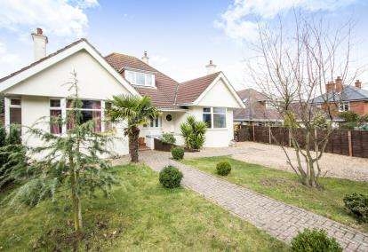 4 Bedrooms Bungalow for sale in Southbourne, Dorset, Southbourne