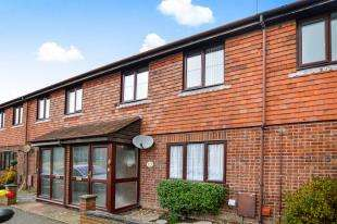 3 Bedrooms Terraced House for sale in St. Lawrence Court, Lions Road, New Romney, Kent