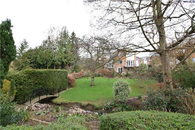 4 Bedrooms Link Detached House for sale in Lawson Glade, Charlton Kings, CHELTENHAM, Gloucestershire, GL53 9HL