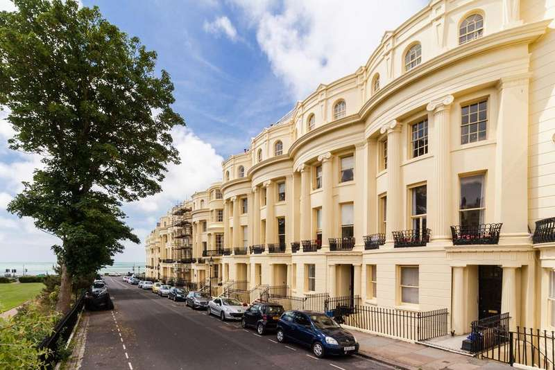 4 Bedrooms Apartment Flat for sale in Brunswick Square , Hove, BN3