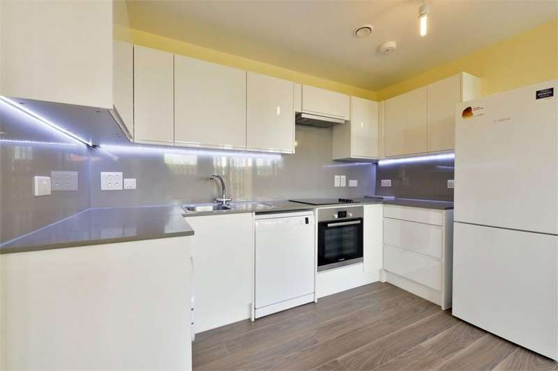 2 Bedrooms Flat for sale in Garratt Lane, SW17