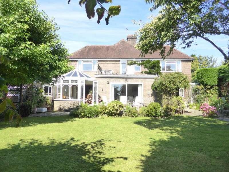 5 Bedrooms Detached House for sale in Carters Corner, Hailsham, BN27