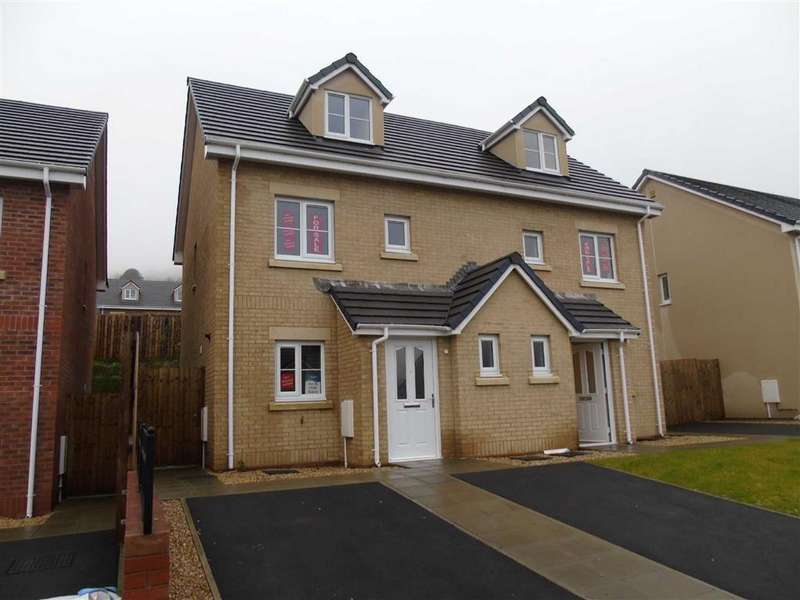 3 Bedrooms Semi Detached House for sale in Oak Hill Way, Parc Y Dderwen, Pontardawe, Swansea