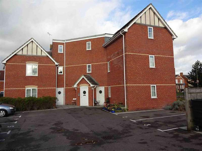 2 Bedrooms Flat for sale in Colebrook Way, Andover