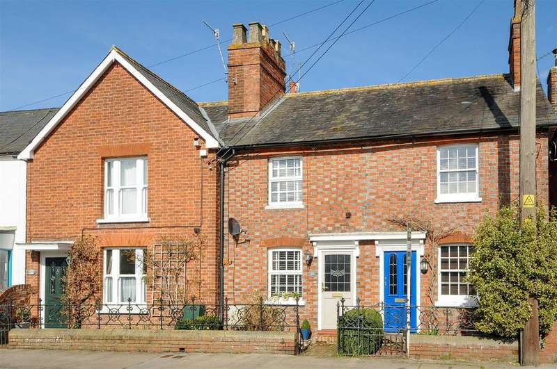 3 Bedrooms Terraced House for sale in Old Road, East Peckham, Tonbridge