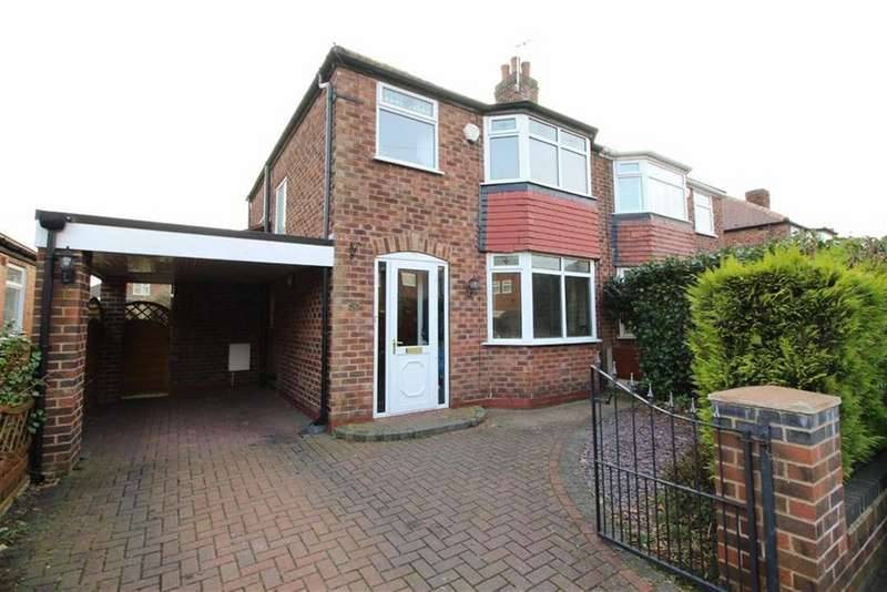 3 Bedrooms Semi Detached House for sale in Craddock Road, Sale