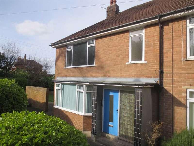2 Bedrooms Apartment Flat for sale in Queen Margarets Road, Scarborough