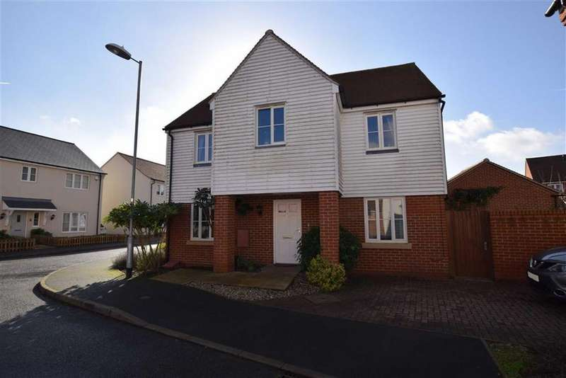 4 Bedrooms House for sale in Rennie Walk, Heybridge, Essex
