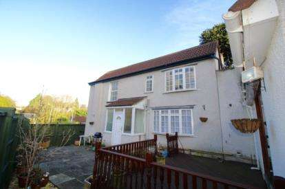 4 Bedrooms Detached House for sale in Park Road, Stapleton, Bristol