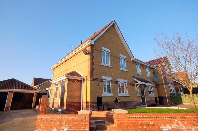 3 Bedrooms Semi Detached House for sale in Merlin Way, Kidsgrove