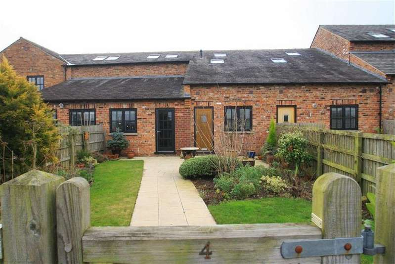 2 Bedrooms Mews House for sale in Bolshaw Farm Lane, Heald Green