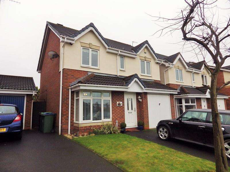 4 Bedrooms Detached House for sale in Bluebell Road, Cradley Heath