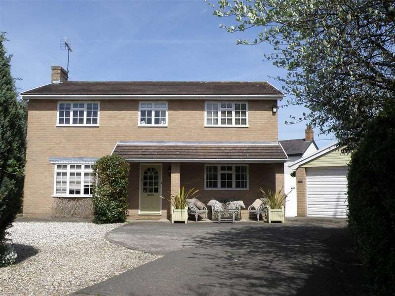 Detached House for sale in 11 Stonewalls, Burton, Rossett, Wrexham