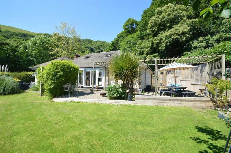 3 Bedrooms Detached Bungalow for sale in 36 Ludlow Road, Church Stretton, Shropshire, SY6 6AB