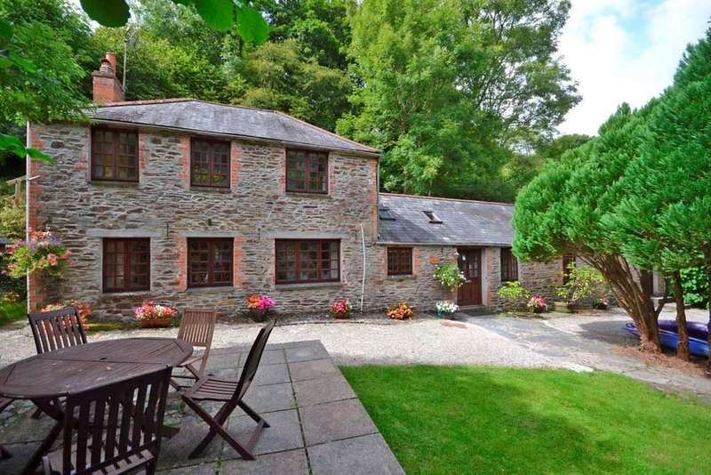 5 Bedrooms Detached House for sale in Helford Village, Lizard Peninsula, Nr. Helston, Cornwall, TR12
