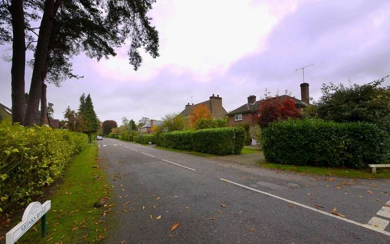 Land Commercial for sale in Plot available, Monks Road, Wentworth Estate, Virginia Water