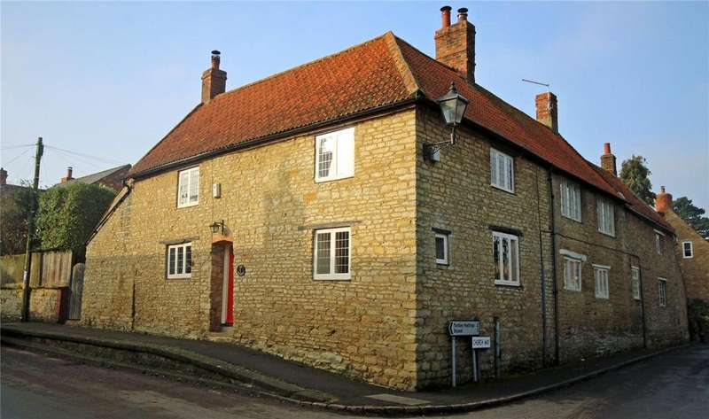 3 Bedrooms Semi Detached House for sale in Main Road, Grendon, Northampton, NN7