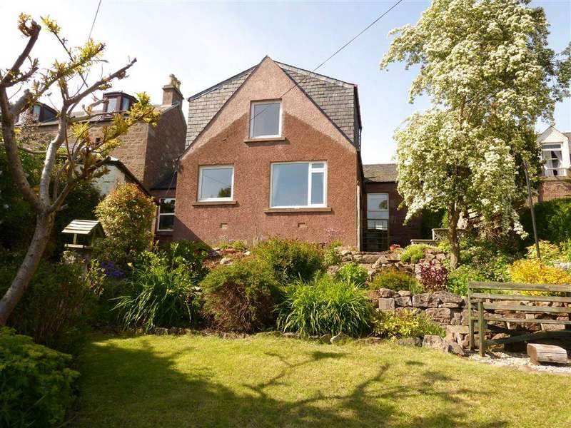 3 Bedrooms Semi Detached House for sale in High Street, Alyth, Perthshire