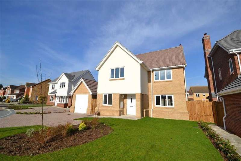 4 Bedrooms Detached House for sale in Roman Way, Burnham-on-Crouch, Essex