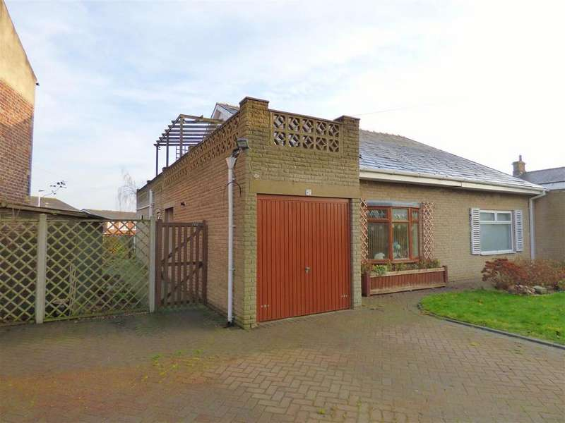3 Bedrooms House for sale in Wellhouse Lane, Mirfield