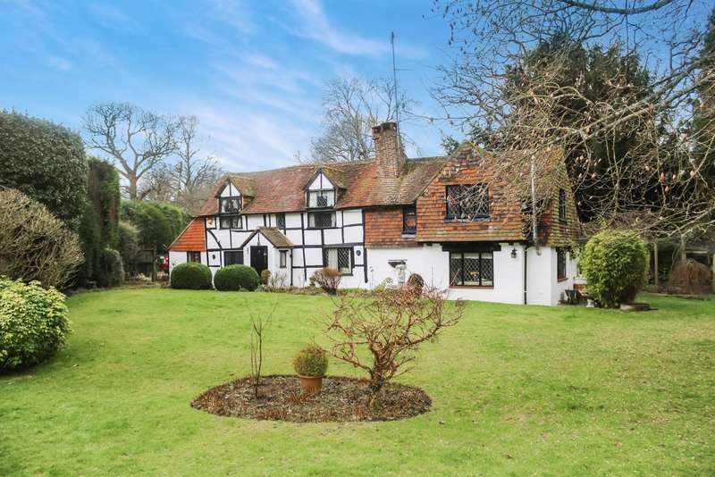 3 Bedrooms Detached House for sale in Furzen Lane, Rudgwick, West Sussex, RH12