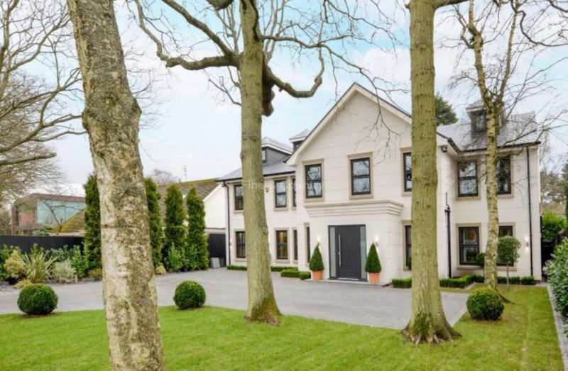 5 Bedrooms Detached House for sale in Massams Lane, Freshfield, Formby