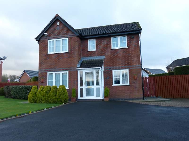 4 Bedrooms Detached House for sale in 18 New Broad Lane, Rochdale