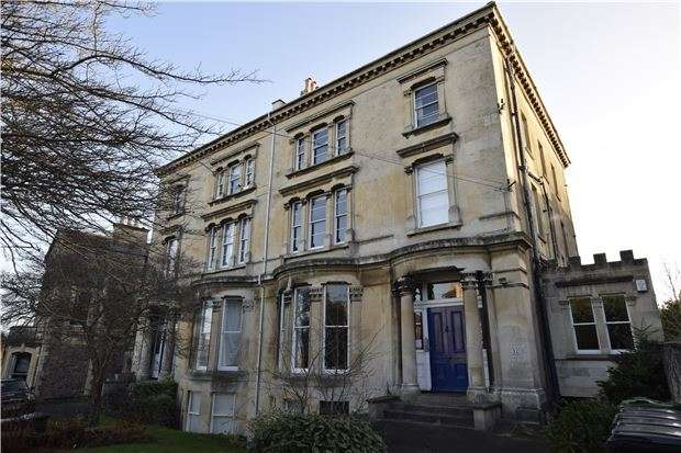 1 Bedroom Flat for sale in Cotham Park, BRISTOL, BS6 6BY